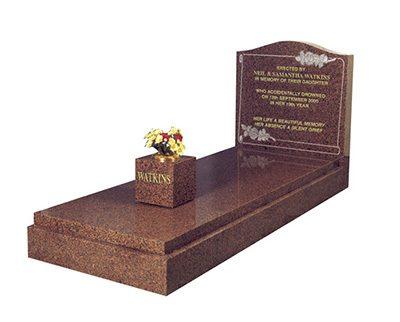 Hoy memorial grave kerb set